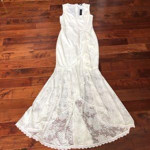 NEW Boho Lace Beach Simple Wedding Dress w/ Train